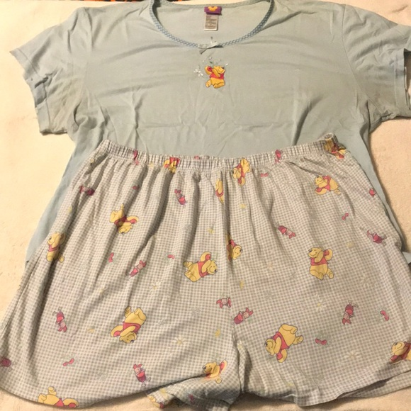 Disney Other - Winnie the Pooh pajama short set. Size 2XL.